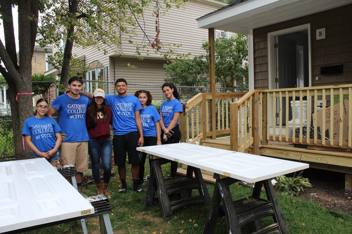 Habitat for Humanity STCC Students