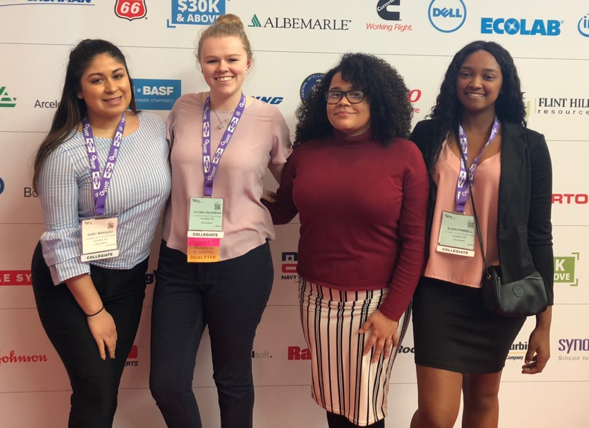 Students attend SWE conference